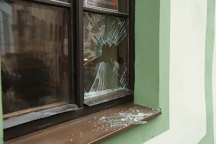 A2B Glass are able to board up broken windows while they are being repaired in Sidcup.